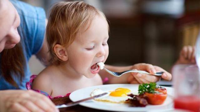 Berikut Makanan Bernutrisi Yang Baik Untuk Kecerdasan Anak!
