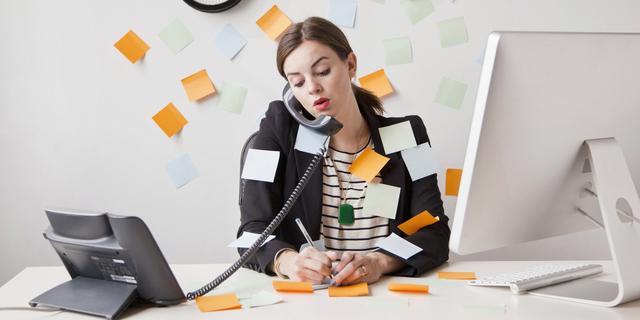 5 Cara Mencegah Sakit Leher Ketika Bekerja Di Depan Komputer