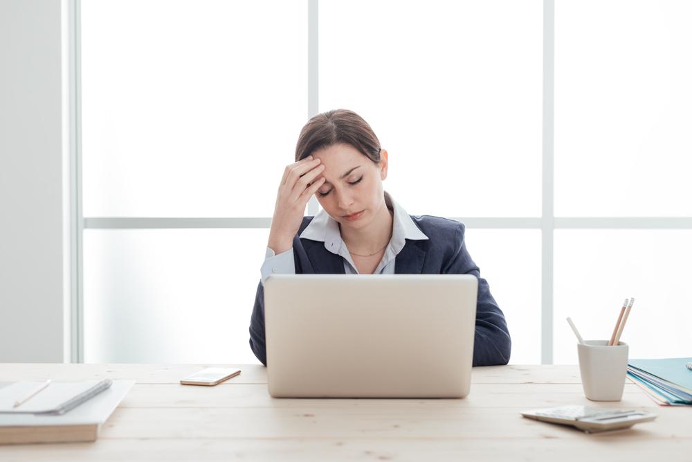 3 Masalah Kesehatan Yang Sering Mengintai Pekerja Kantoran