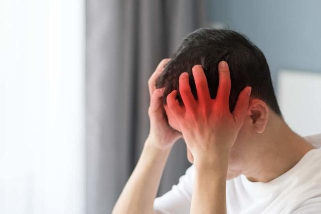Sering Lembur? Hati- Hati Risiko Stroke Mengintai di Usia Muda
