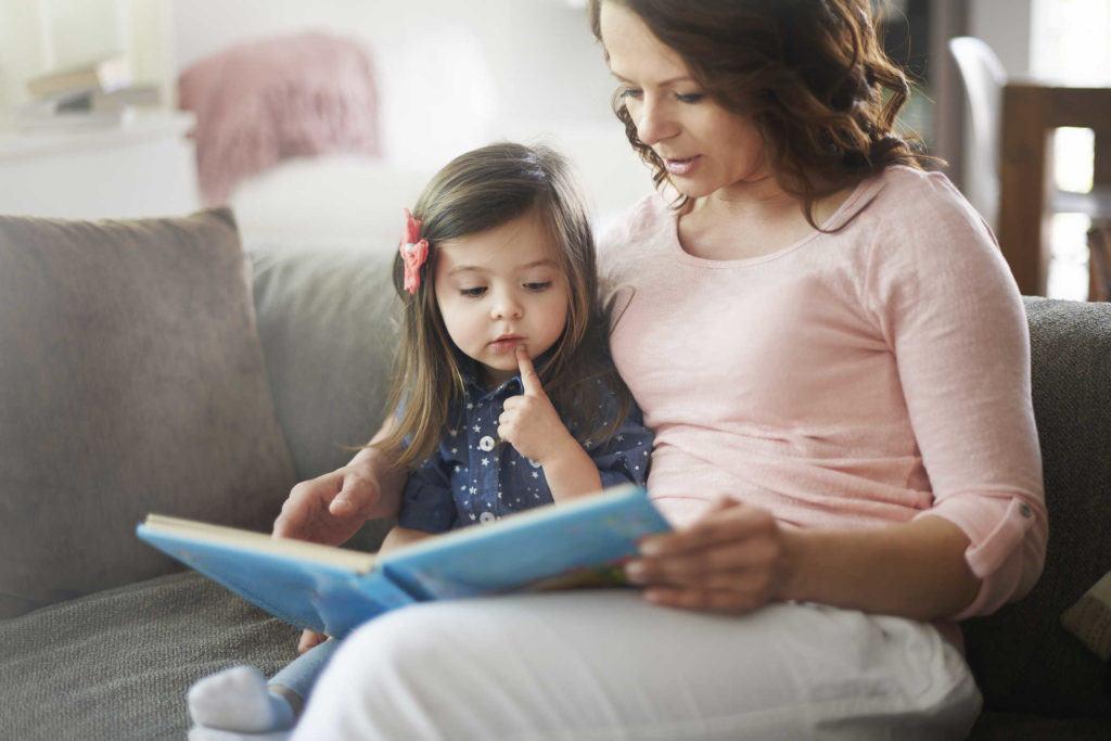 Cara Merangsang Kecerdasan Anak Usia 1 Tahun