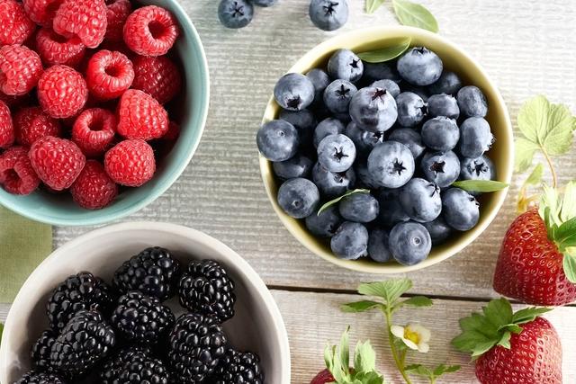 Hindari Penyakit Jantung Dengan Mengonsumsi Makanan Sehat Ini!