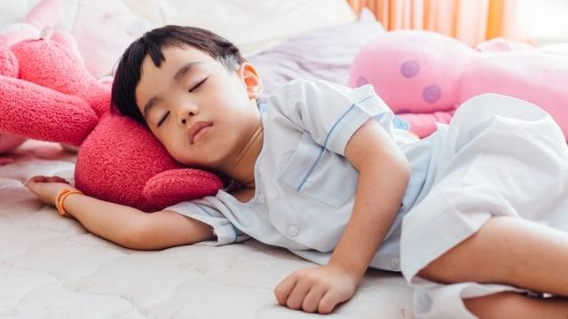 Anak Sering Kurang Tidur? Ini Dampak Pada Tumbuh Kembangnya!