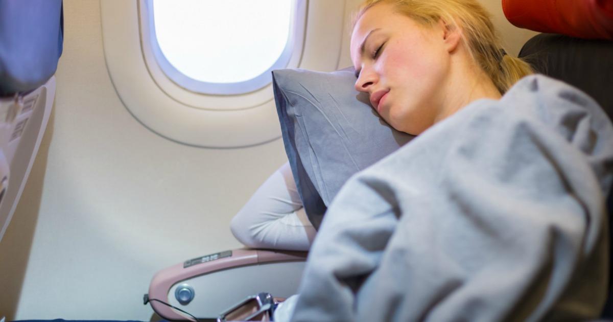 Ini 5 Tips Ampuh Untuk Mengatasi Jet Lag Selama Perjalanan