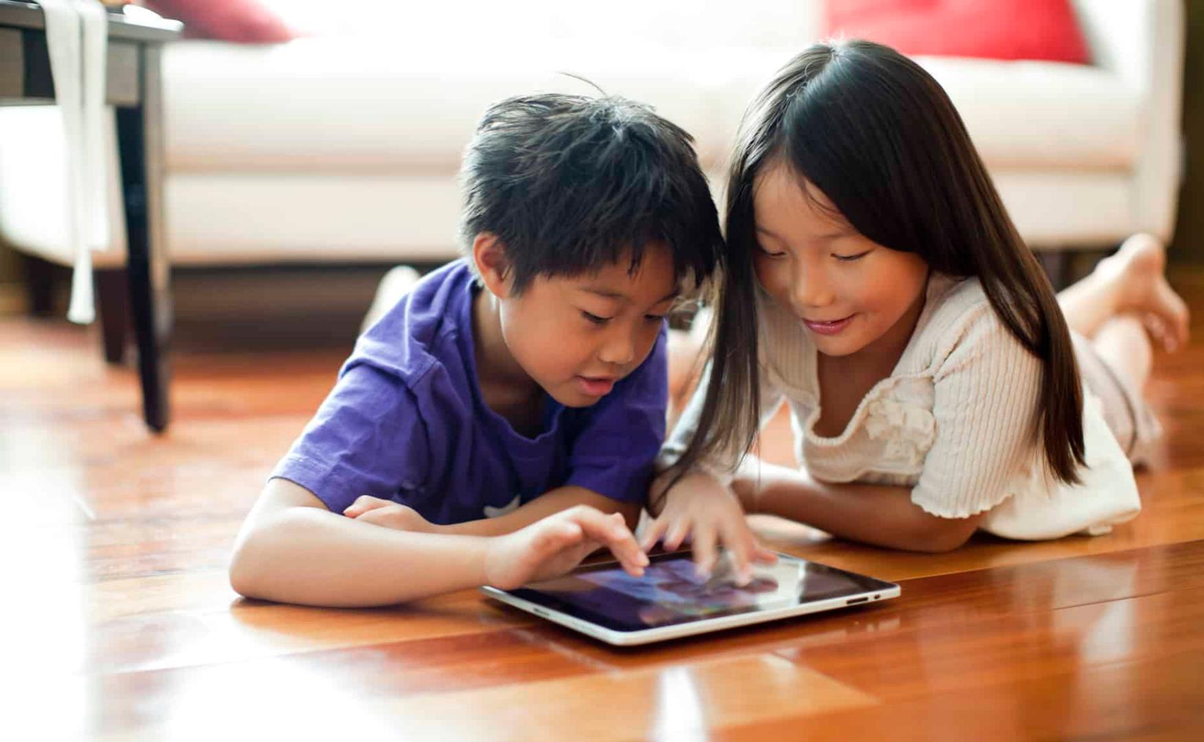 Ini Dia Tips Sukses Mendidik Anak di Era Digital