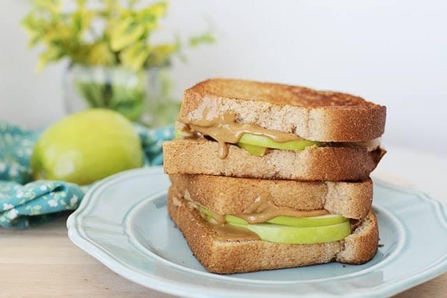 Lapar di Malam Hari? Konsumsi Snack Sehat Rekomendasi Ahli Gizi Berikut Ini!