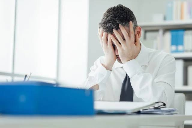 Stress Kerja Berkepanjangan Dapat Tingkatkan Risiko Penyakit Jantung Koroner