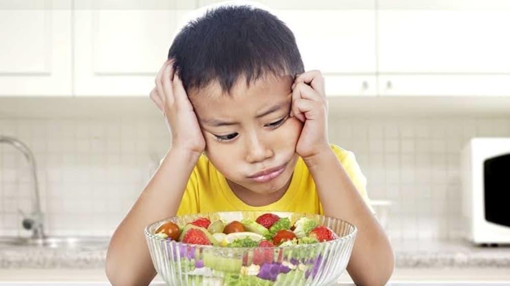 Anak Susah Makan Buah? Ini Tips Untuk Mengatasinya!