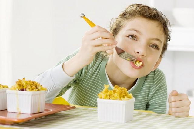 Ketahui Prinsip Penyajian Makanan Sehat Untuk Anak Berikut Ini