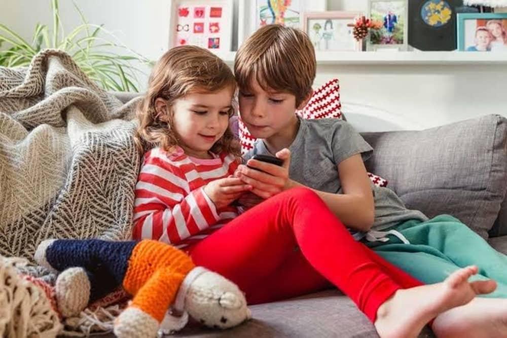 Ini Tantangan yang Harus Dihadapi Oleh Orangtua Anak Milenial. Wajib Tahu!
