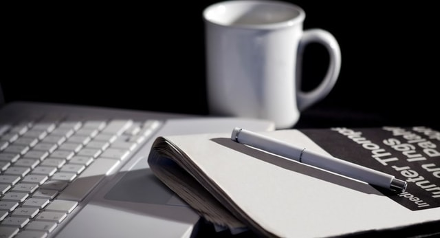 Ini Macam- Macam Pekerjaan Buat Kamu yang Suka Menulis