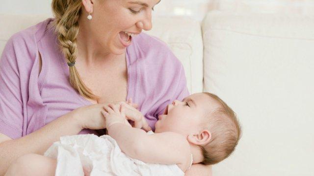 5 Kebiasaan Ini Bisa Membuat Bayi Lebih Pintar. Sederhana, lho!