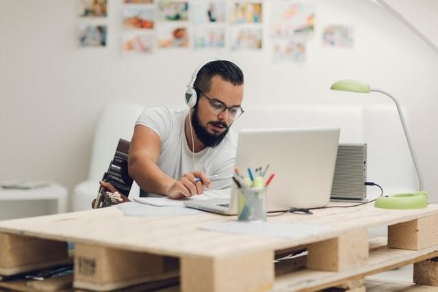Ini Bidang Pekerjaan Dengan Waktu Kerja yang Fleksibel. Tertarik Coba?