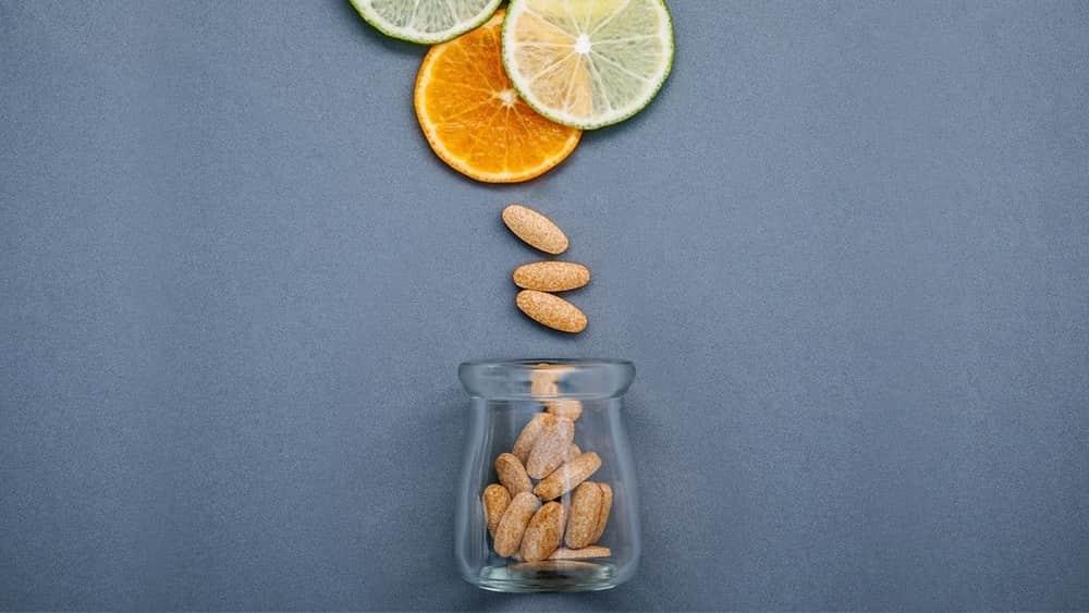 Minum Air yang Banyak Bisa Membuat Vitamin C Terkuras. Benarkah?