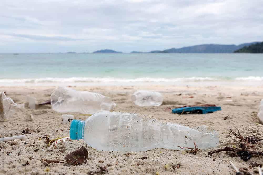 Yuk, Kurangi Penggunaan Plastik Saat Travelling Dengan Cara Ini