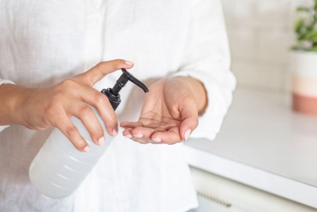Kenali Jenis Hand Sanitizer yang Efektif Cegah Penularan Virus Corona