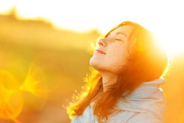 Ketahui 3 Hal Penting Mengenai Berjemur Sinar Matahari Pagi