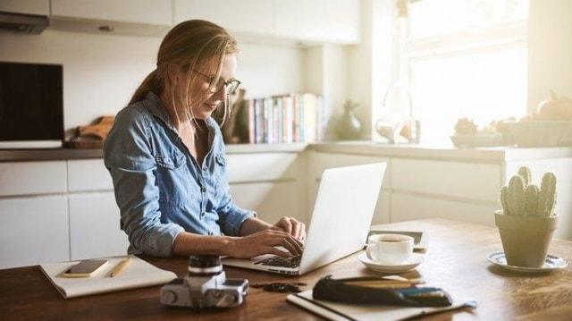 Terapkan 5 Tips Ini Agar Deadline Terpenuhi Saat Work From Home