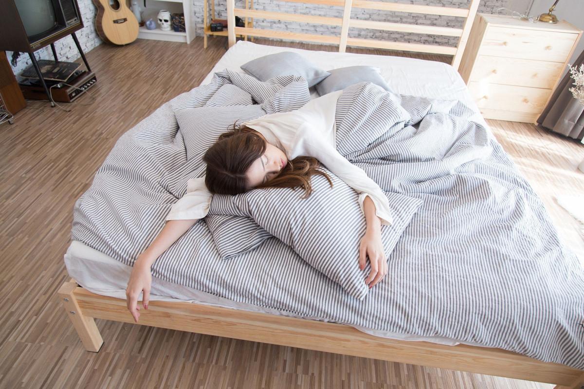 Jaga Kesehatan Selama Di Rumah, Hindari 5 Kebiasaan yang Dapat Turunkan Imun