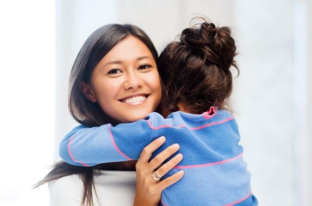 Ibu Bekerja, Berikut Ini Cara Mendidik Anak yang Perlu Diperhatikan