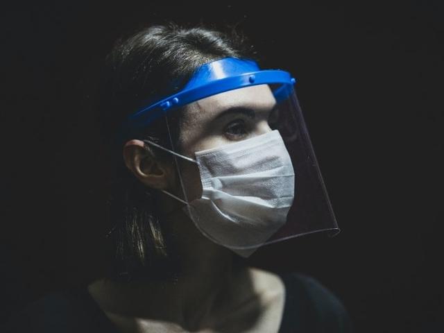 Selama New Normal, KAI Wajibkan Penumpang Gunakan Masker atau Face Shield