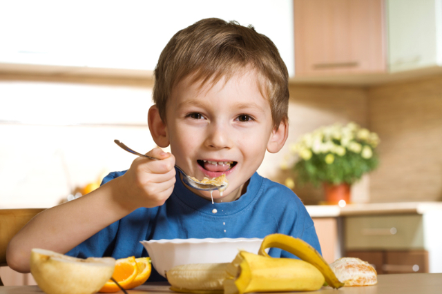Adaptasi Hidup New Normal: Ini 5 Makanan Sehat Untuk Tingkatkan Imunitas Anak