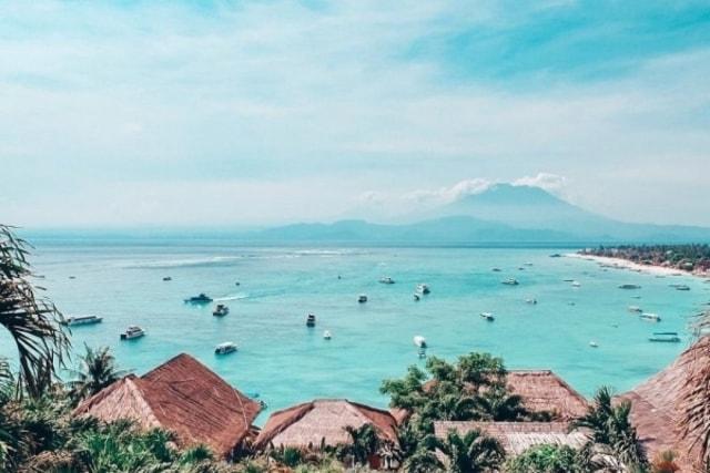 Berlibur Ke Pantai Selama New Normal, Terapkan Tips Berikut Agar Tetap Aman