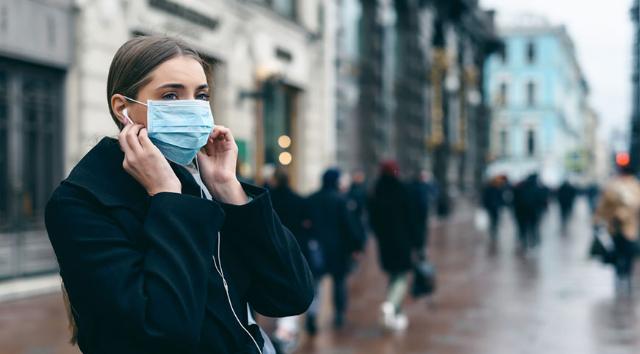 Gunakan Masker, Langkah Paling Efektif Untuk Menghindari Penularan Virus Corona