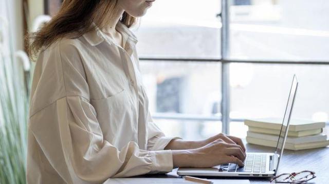 5 Cara Menghilangkan Stres Saat Wawancara Kerja. Patut Dicoba!