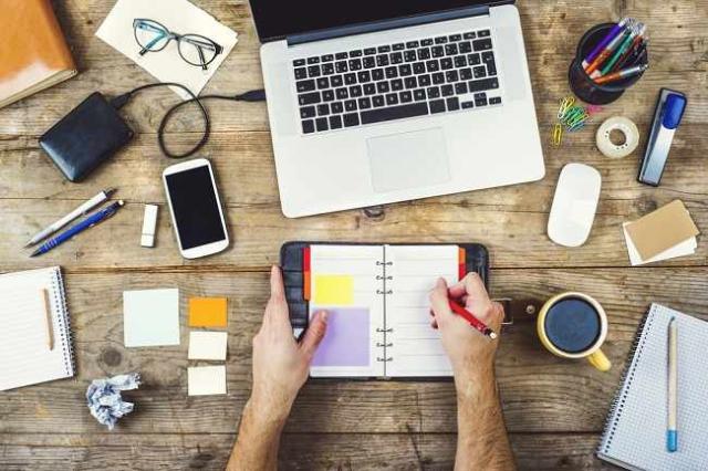 Coba Perhatikan! 5 Kelemahan Multitasking yang Sering Tak Disadari