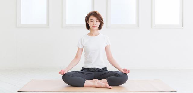 3 Manfaat Yoga Untuk Kesehatan Mental. Wajib Kamu Ketahui!