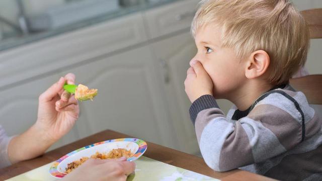 Vitamin Penambah Nafsu Makan Anak. Perlukah Diberikan?