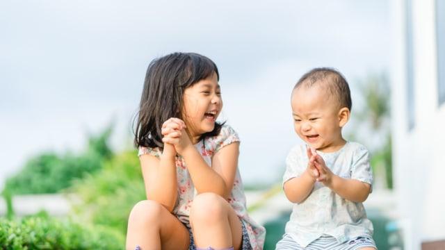 4 Tips Menjadikan Kakak Sebagai Role Model Sang Adik