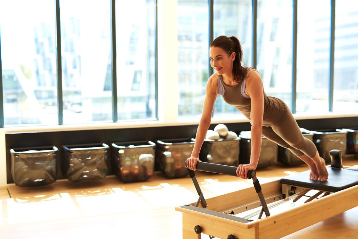 Baik Untuk Tubuh Ini 6 Kebaikan Pilates yang Perlu Kamu Ketahui