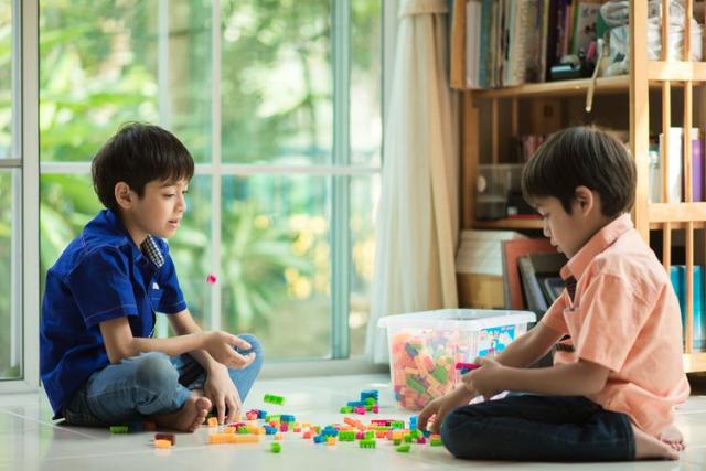 Anak Belajar Sambil Bermain. Ketahui 5 Manfaat Baiknya!