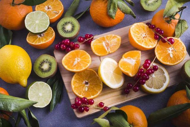 5 Alasan Pentingnya Memenuhi Kebutuhan Vitamin C Per Hari. Bisa Bantu Jaga Imunitas, Lho!