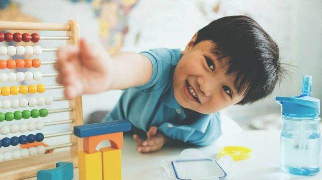 Mengenal Tahap Perkembangan Kreativitas Anak Usia 1 Sampai 6 Tahun