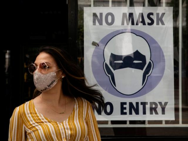 Tidak Pakai Masker Ke Luar Rumah, Waspadai Bahayanya!