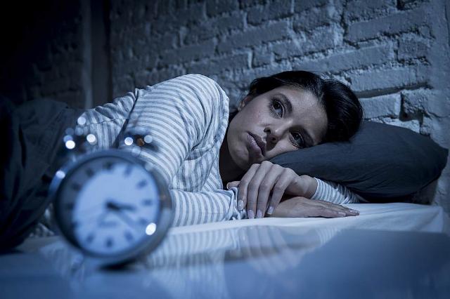 Kerap Ganggu Jam Tidur yang Baik, 5 Benda Ini Sebaiknya Disingkirkan!