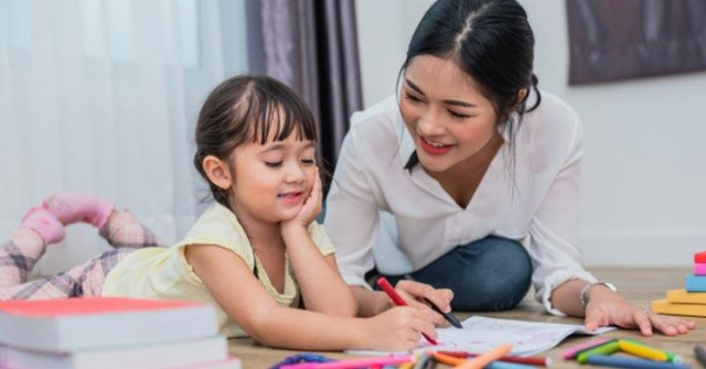 Kenali Deretan Pola Asuh Orangtua yang Tepat Untuk Si Kecil