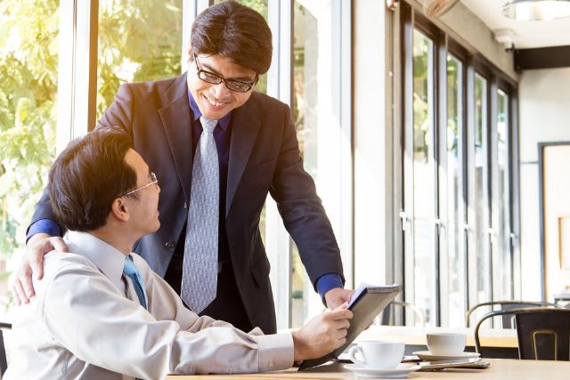 4 Tips Jitu Menerapkan Kerja Sama Dengan Atasan