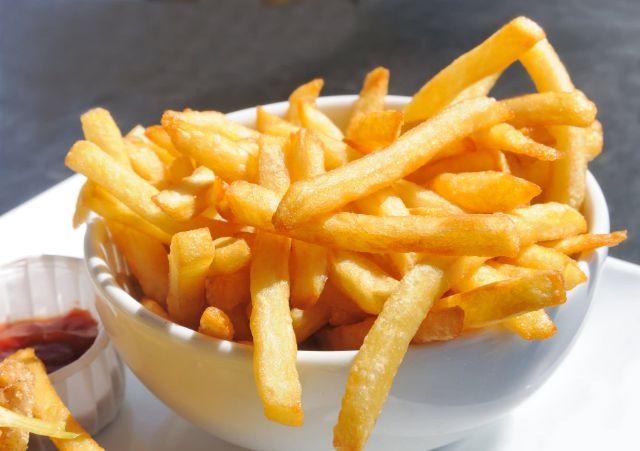 Weekend Ingin Makan Junk Food? Begini Cara Sehat Menikmatinya