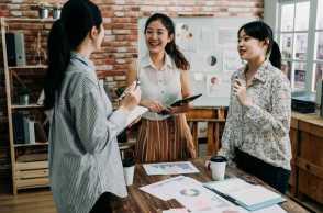 Fresh Graduate Punya 5 Kelebihan Di Dunia Kerja, Lho. Apa Saja?