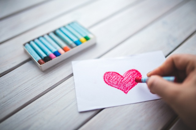 Ajarkan Self Love Pada Anak. Langkah Agar Ia Mampu Cintai Diri Sendiri