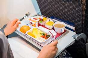 5 Fakta Unik Makanan Di Pesawat. Kamu Sudah Tahu Belum?
