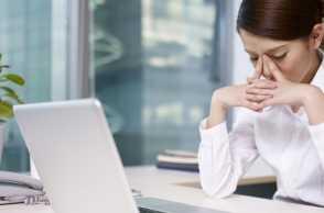 Overhinking Dapat Picu 5 Masalah Kesehatan Berbahaya Berikut!