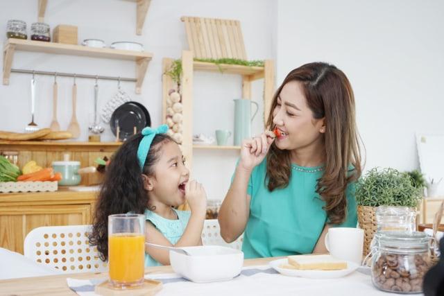 Mendidik Anak Untuk Suka Sayur, Lakukan Dengan Cara yang Menyenangkan