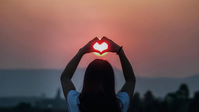 Ramai Soal Self Love. Apa Pentingnya Mengajarkan Pada Anak Remaja?