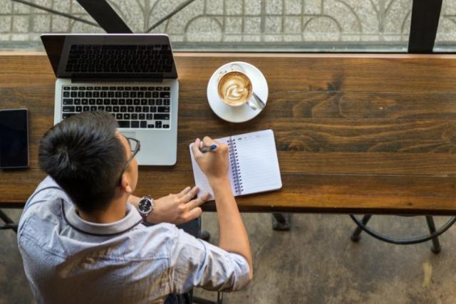 5 Tips Berpikir Kreatif Untuk Ciptakan Ide Bisnis Menarik!