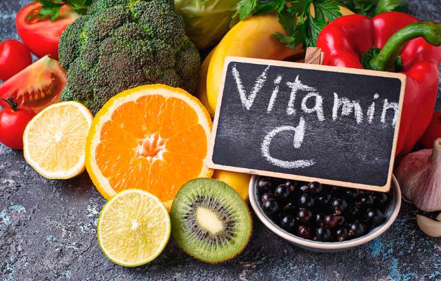 Tak Hanya Baik Untuk Imun Tubuh, Vitamin C Juga Mampu Berikan 4 Manfaat Lainnya Lho!